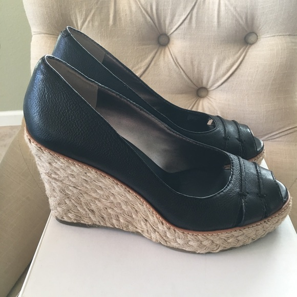 8040c52ea75 Banana Republic DYLAN size 9 Wedges